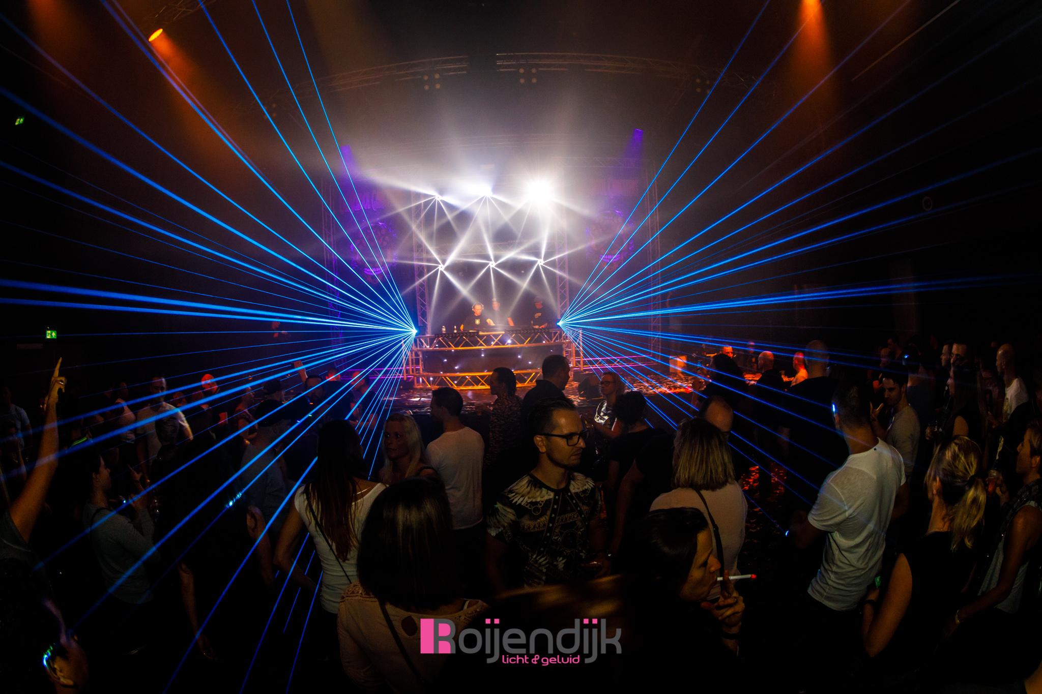 Fabulous Events | Bazenfeest | Markant Uden | Roijendijk Licht En Geluid | RLG | R-LG